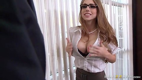 Flashing her clevage with seducing office skank Shawna Lenee