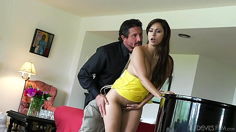Ramming pornstar boss wife Reena Sky while standing