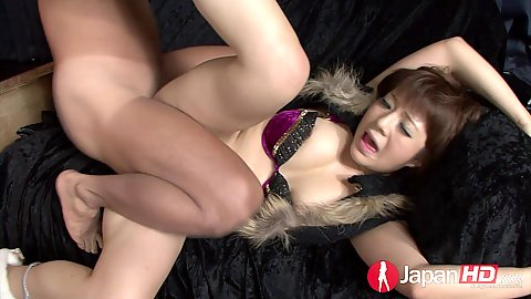 Petite asian Kurara Iijima loves to squirt and get touched