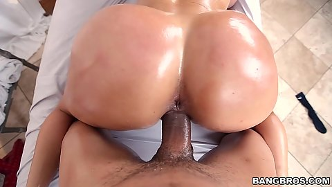 Anxious milf Diamond Kitty doggy fucked from behind during oily session