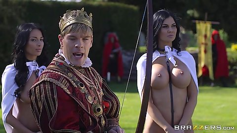 Parody cosplay with Anissa Kate and Jasmine Jae in kings world