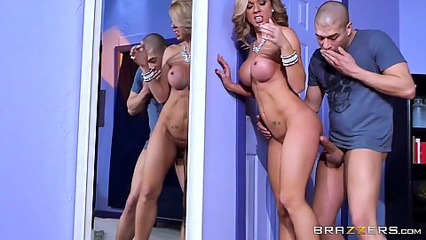 Standing fuck with blonde milf mom Parker Swayze