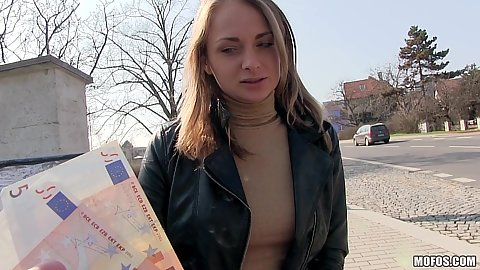 Cheerful amateur Ivana Sugar picked up for some money fuck