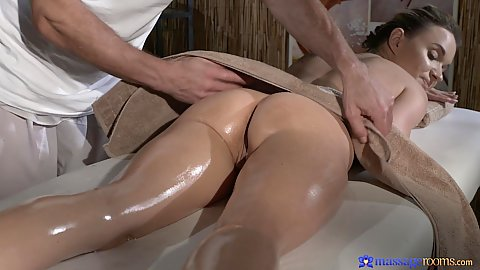 Sexy butt Angel and her oiled body