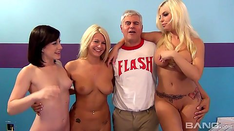 Group of girls with various size breasts in fuck a fan orgy with Jennifer White and Britney Amber and Laela Pryce