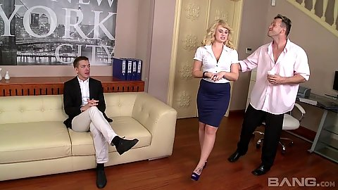 Threesome office seduction from impressive Bonnie Rose