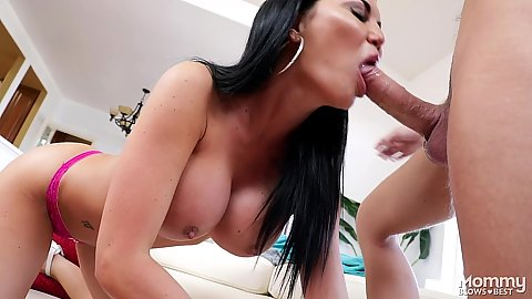Intimate very large melons milf Jasmine Jae sucking and deepthroat in stepmom fashion