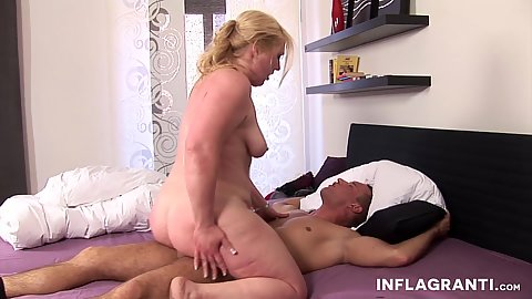 Cock bouncing german mom Milf with bubble butt onb ed