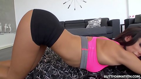 Doing some ass workout with hotpants slut Alexa Tomas