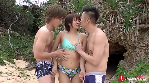 Bikini asian Saya Tachibana in beach threesome undressing