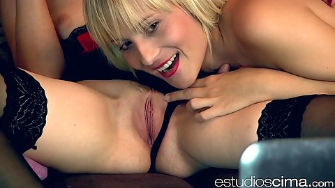 Pussy licking and smiling Rena Reindeer and Victoria Blonde