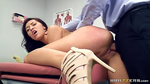 Kara Faux in best medical practice fuck on hospital bed