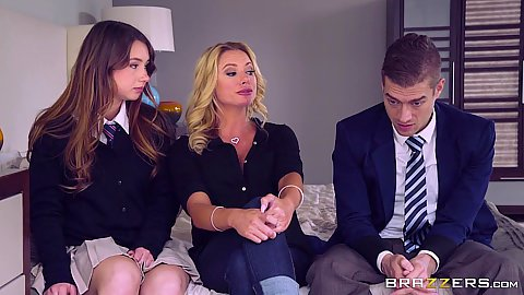School girl and experience milf Briana Banks and Taylor Sands looking for loophole