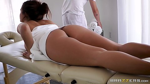 Massage time with bubble butt latina Keisha Grey loving the feel of oil on her body