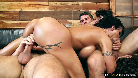 Oiled up slippery bubble butt milf Jewels Jade loves anal in 3some