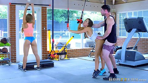 Gym standing fuck with working out ladies wearing hotpants Abigail Mac and Nicole Aniston