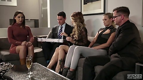 Group meeting at the office with Scarlet Red and Abella Danger and jessica drake