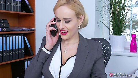 Busty milf Angel Wicky calls in computer geek