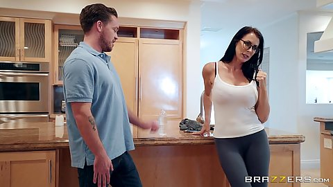 Knockout milf in sex leggings teases with stepmom boobs Reagan Foxx