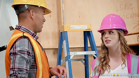Dolly Leigh visits construction site and needs to bang the foreman