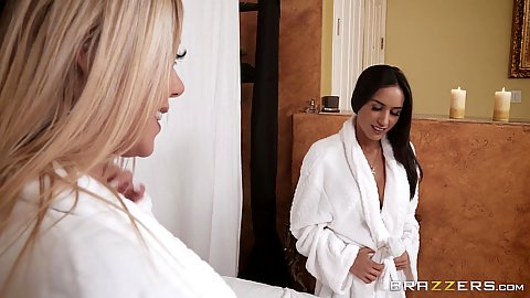 Karma Rx and Tia Cyrus relaxing for private massage
