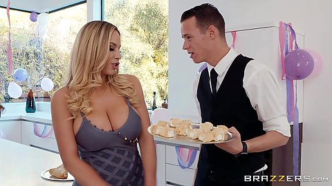 Cleavage Julia Ann and Olivia Austin party time seducing waiter