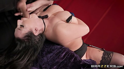 Deep throat lingerie mouth sex with knockout magicians assistant Angela White