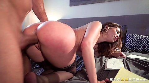 Fabulous big ass milf having fun in bed from behind Quinn Wilde