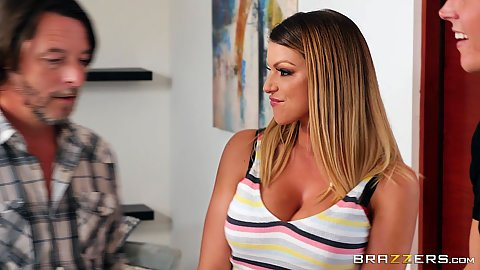 Fully clothed stepmom milf Brooklyn Chase tries to masturbate on washing machine
