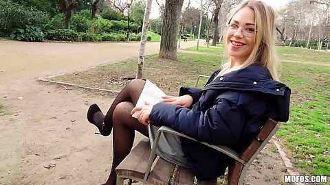 Blonde Selvaggia picked up in the park doing some reading for cash