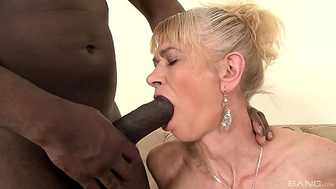Large cock oral sex from interracial sucking granny Beata
