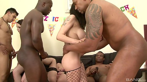 Lola Wan and Niki Dark with Mischelle Lee and Kirschley Swoon doing interracial non stop double penetration orgy