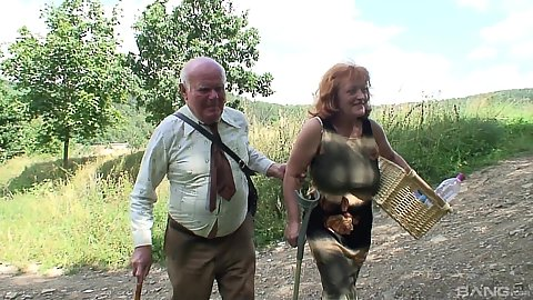 Two limping old people going to have amateur mature fuck in the woods
