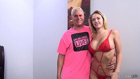 Lingerie big jugged Kagney Linn Karter goes down to suck dick