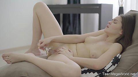 Teen leg porno