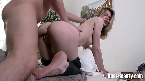 Ramming freshly picked up off the street cutie Crystal Maiden surrending her ass