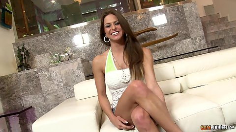 Rachel Roxxx is here to get casted and take off that sexy miniskirt and kiss guy