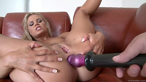 Anal dildo for blonde shaved snatch spinner Bara Brass