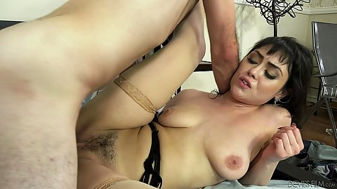 Bedroom trimmed vagina screwing in a puddle of squirt with aroused al natural body housewife Audrey Noir