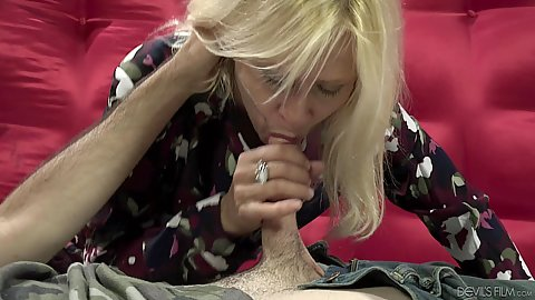 Fully clothed mature Payton Leigh is an old whore that love sex