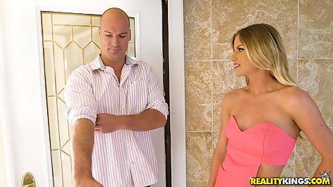 Smoking hot stepsister blonde Sami StClair is gonna suck you off now