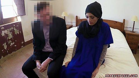 Arab Sucking Big Dick