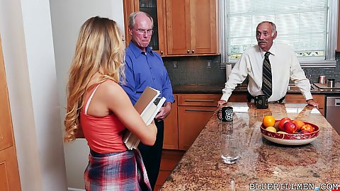 Molly Mae talking with a bunch of old men and goes to take a solo shower they spy on her and offer cash