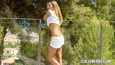 Hot Blonde Euro Babe Hd