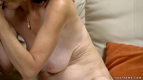 Feeling like a star is every sexually aroused grannies dream with sucking yougn boys penises and fucking Pixie