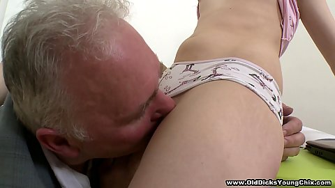 Old man grandpa enjoying eating 18 year old snatch Mila when helping to get naked before fucking her