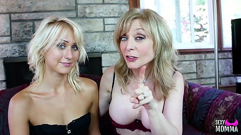 Nina Hartly and Natasha Voya in stepmom and cutie stepdaughter blonde kissing and ass worshiping each other