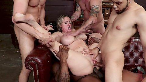 Beautiful girl masturbation video