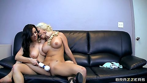 Naked lesbians Spencer Scott and Taylor Vixxxen using toys in their pussy