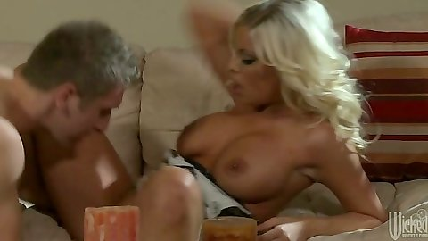Blonde slut Britney Amber with big tits handjob and blowjob
